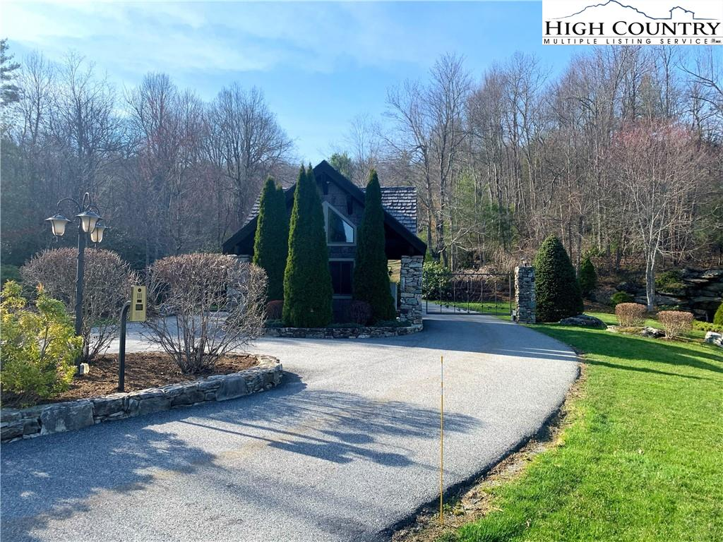 Brook View Trail - 4 Forty Four Properties -